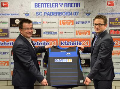 SCP-Vizepräsident und Gesamtgeschäftsführer Martin Hornberger (l.) und Infront-Teamleiter Johannes Sump freuen über über die Vertragsverlängerung mit kfzteile24.