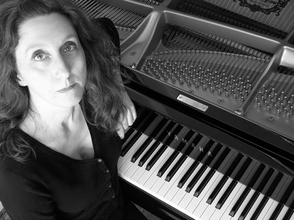 Stummfilmabend mit Klavierbegleitung