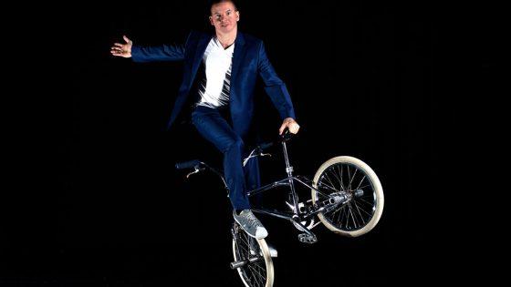 Man auf Fahrrad