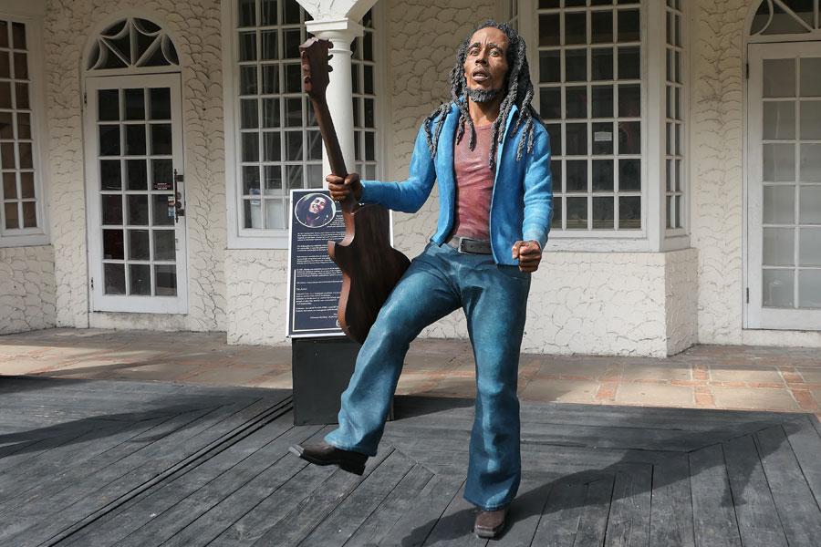 Montego Bay - Bob Marley lives?
