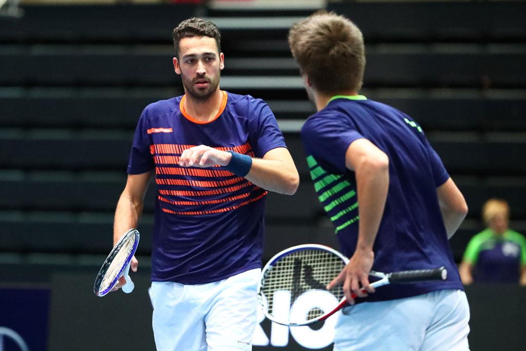 Zwei Tennisspieler