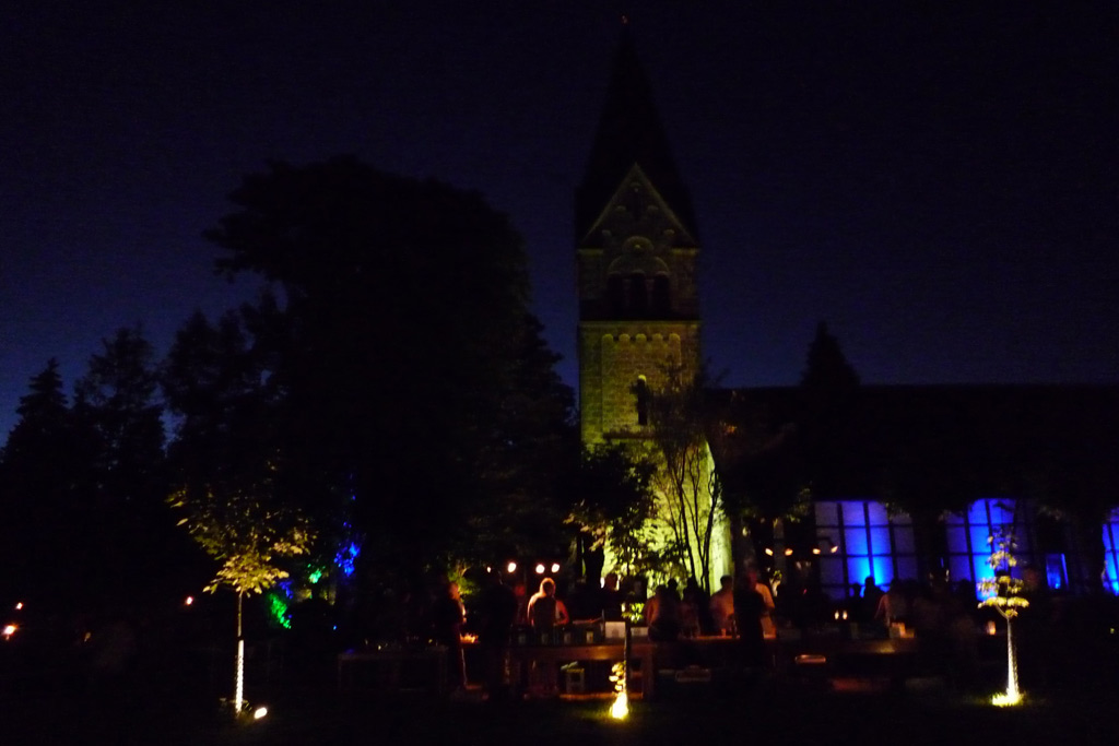 Kirche im Mondschein
