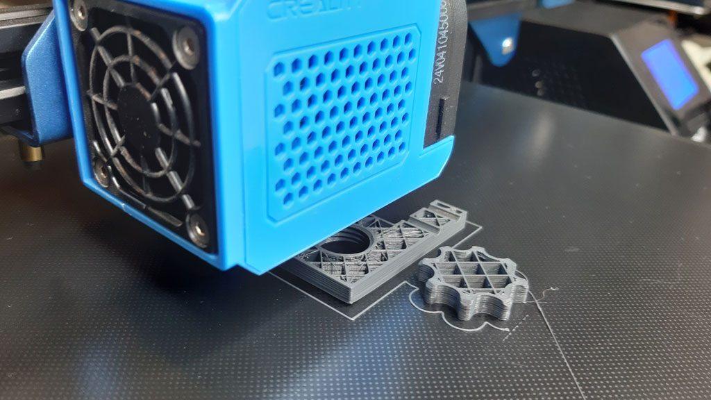 3D Drucker bei der Arbeit