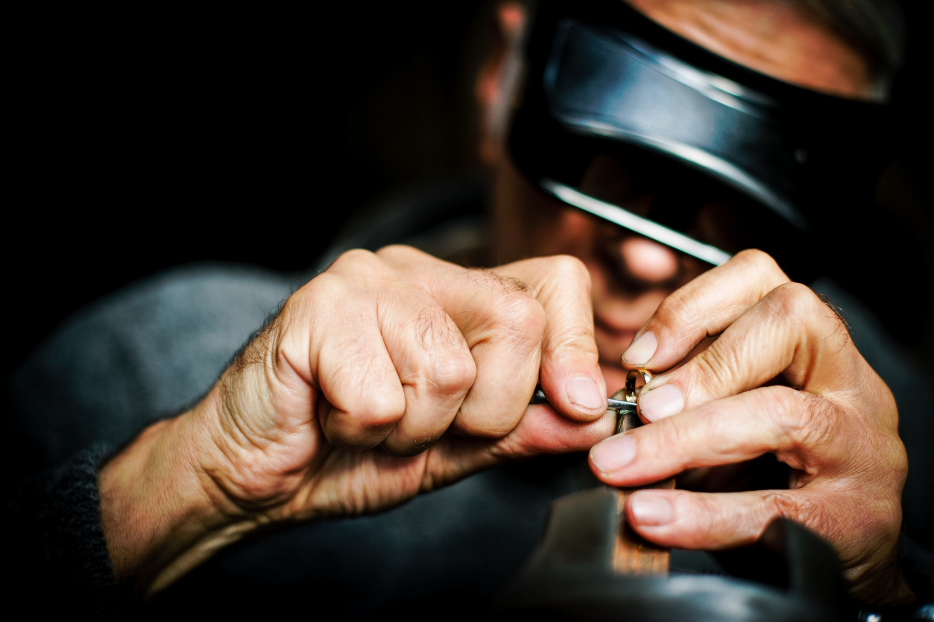 Welche Werkzeuge sind für einen Juwelier unerlässlich?