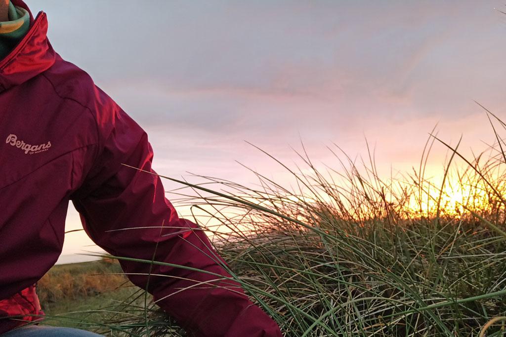 Jacke und Sonnenuntergang